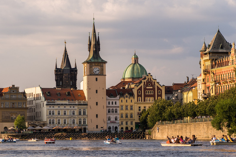 Riverfront, Prague