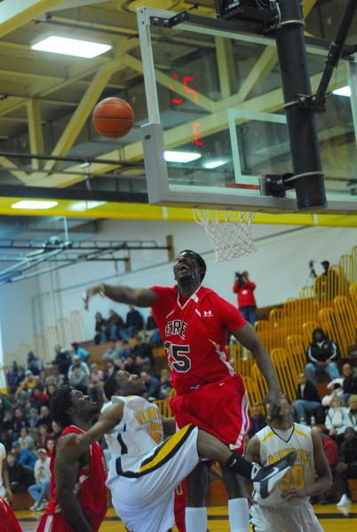 20090301_MCC Basketball_5553.JPG