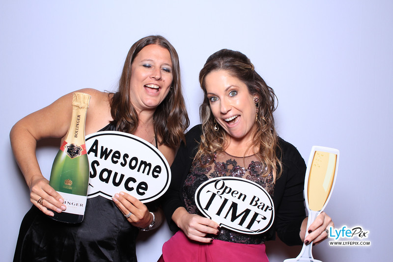 phoenix-maryland-wedding-photobooth-20171028-0471.jpg