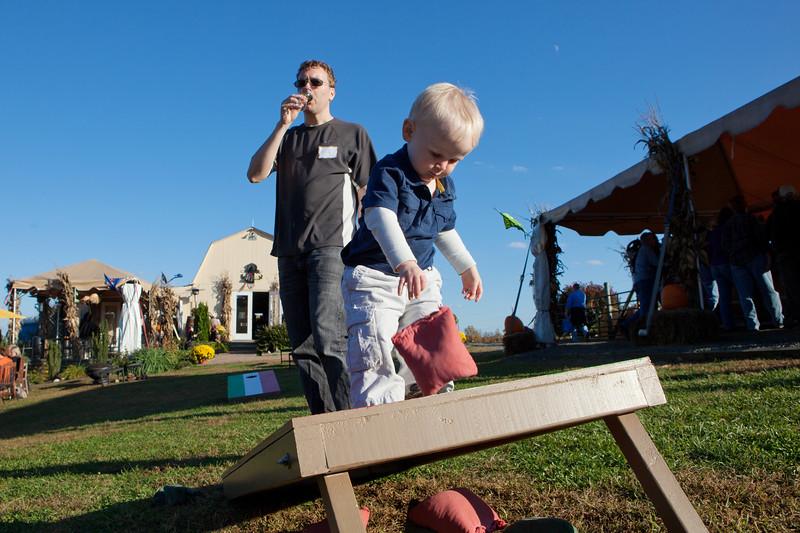 20121021 109 Three Foxes winery Oktoberfest.JPG
