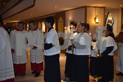 2017-04-13 The Washing of The Feet (Spanish Mass)