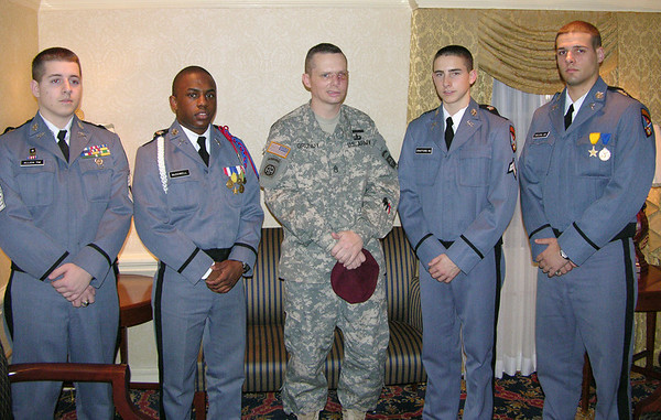 Cadets Visit Injured Iraq Vet
