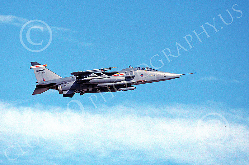 SEPECAT Jaguar 00038 A flying SEPECAT Jaguar attack jet British RAF XZ360 8-1999 military airplane picture by Michael Grove, Sr.JPG