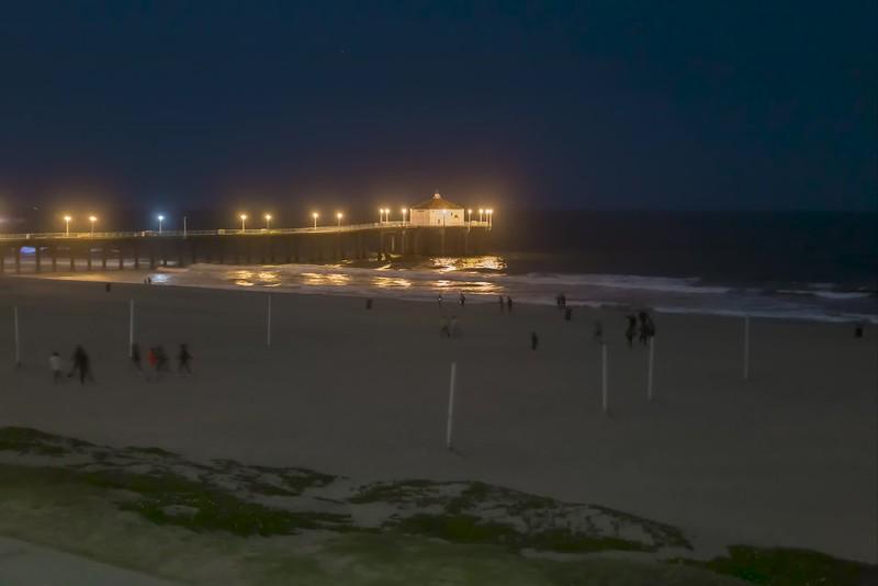 covid strand busy blue waves 5.2.20 pier-1.mp4