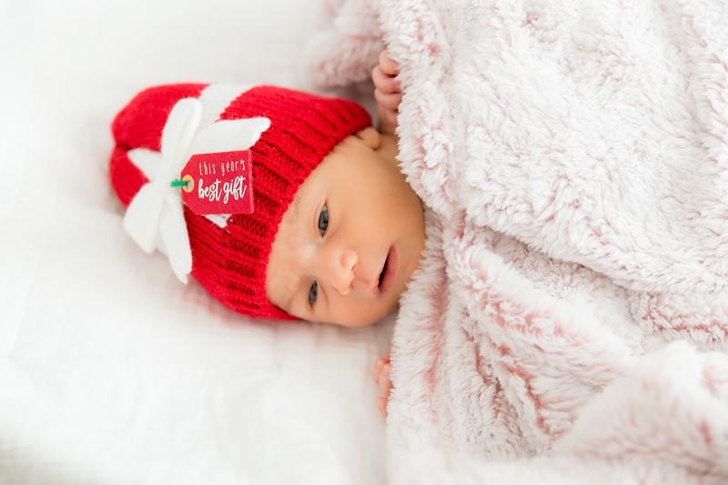 Mila Newborn-119.jpg
