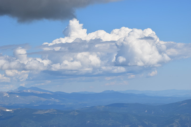 The view from the 14,130 ft Mount Evans.