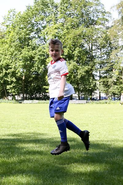 hsv_fussballschule-140_48047950271_o.jpg