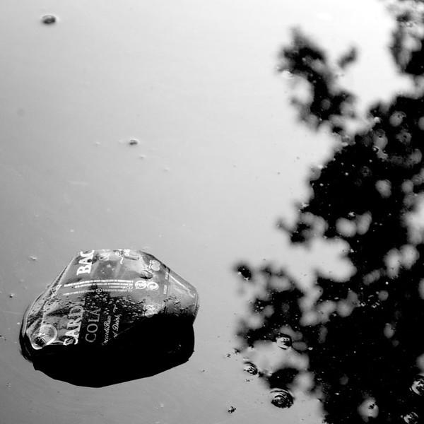 blikjeinwater.jpg