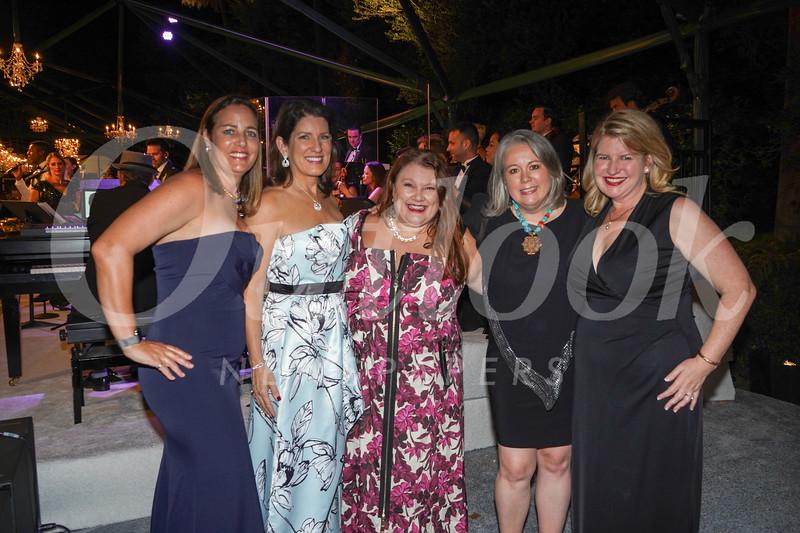 Chantal Bennett, Beth Hansen, Annette Ermshar, Stephanie Dencik and Stephanie McLemore