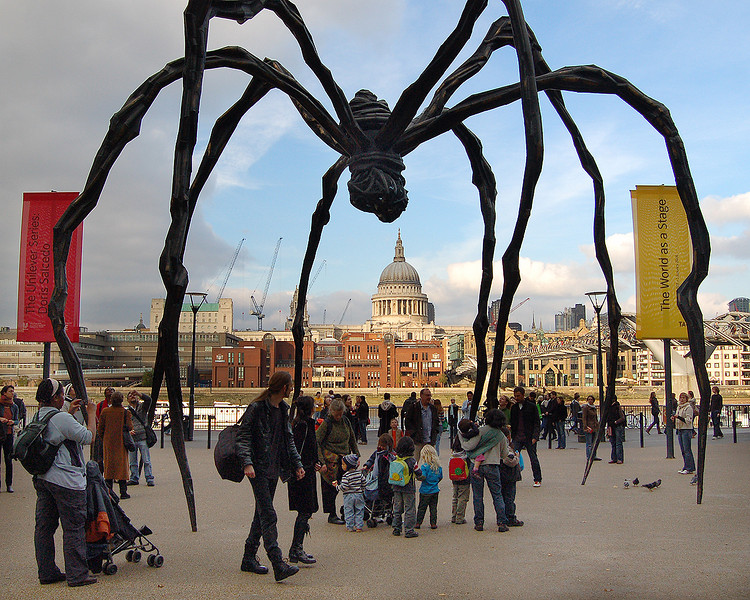 A Spider Descends on St. Paul's