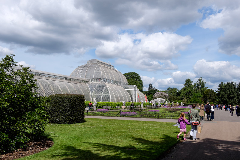 The Royal Botanic Gardens, Kew is in Richmond on the outskirts of London.