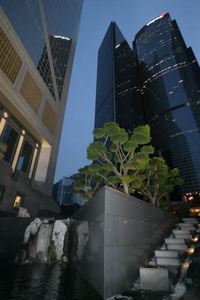 IN723-skyscraper.JPG