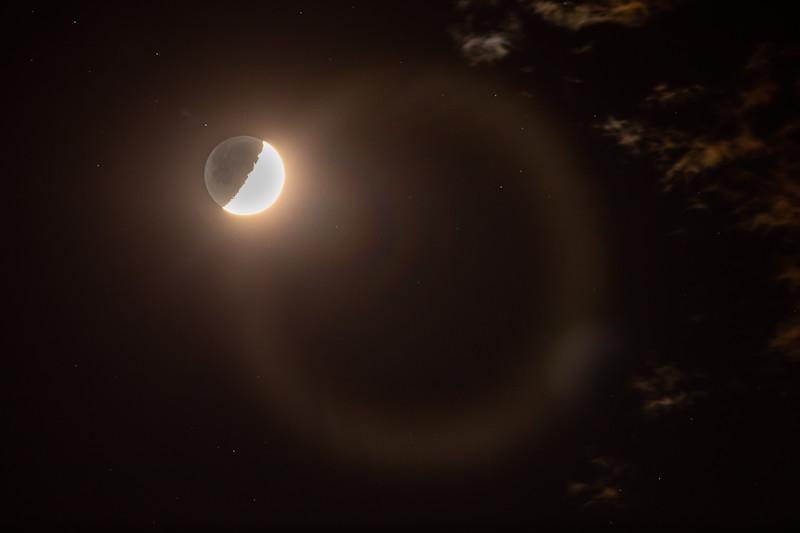 Moon LensFlare (1 of 1).jpg