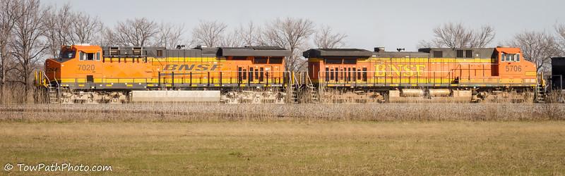 ES44C4 (BNSF 7020) & AC44CW (BNSF 5706)