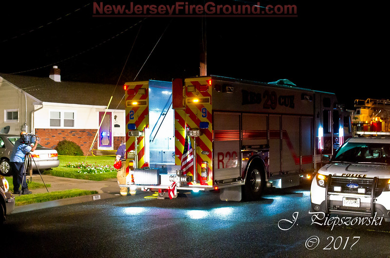 8-23-2017 (Camden County) GLOUCESTER TWP. 511 Beverly Dr. - Collapse