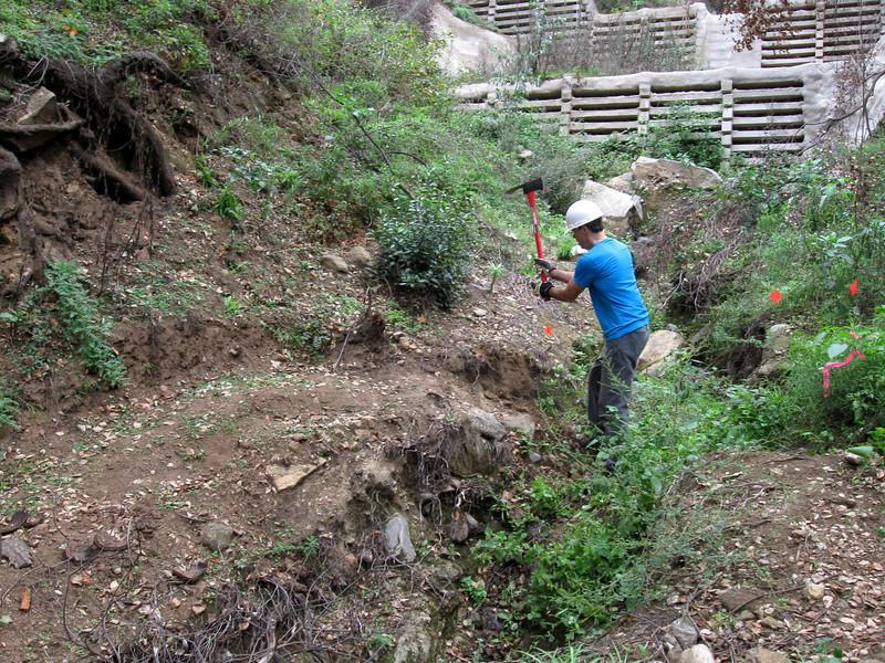 20101107006-El Prieto trailwork.JPG