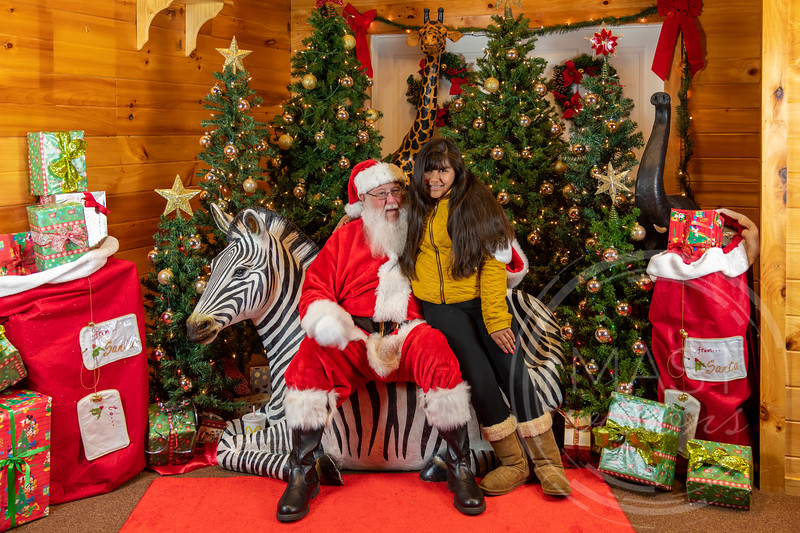 2019-12-01 Santa at the Zoo-7381.jpg