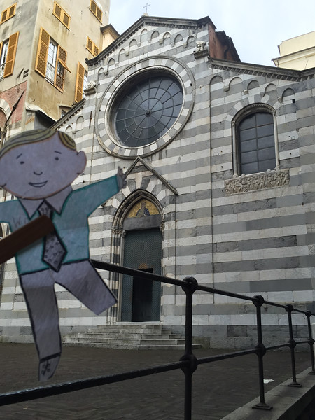 Downtown_Genova__Italy-1.jpg