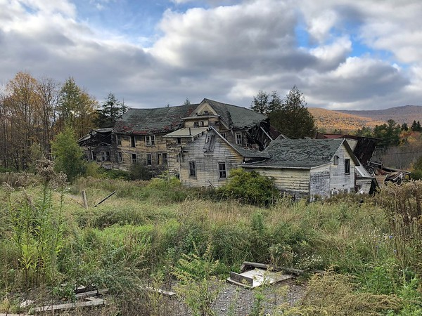 Hunter Mountain Ruins
