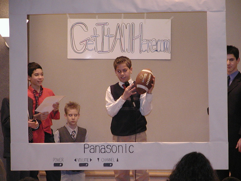 2002-12-21-HT-Christmas-Pageant_095.jpg