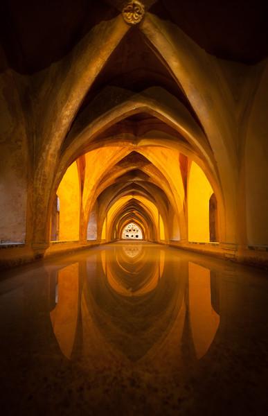 Underground baths, called Los Baños de Doña María de Padilla