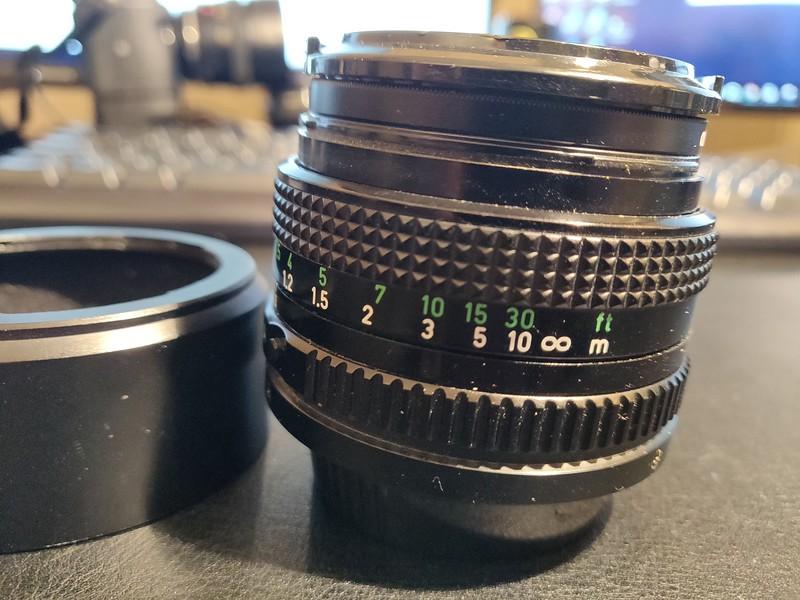 Canon FD 50 mm 2.0 - Serial X1105 & 136609 003.jpg