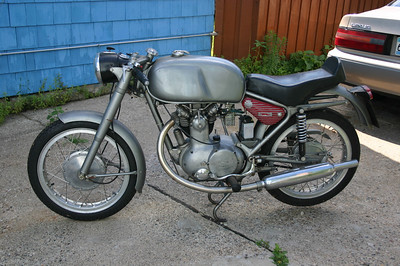 Parilla 250 GS Replica