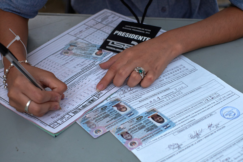 Election day in Santa Ana: <br /> The presidente completes the final paperwork for her table.