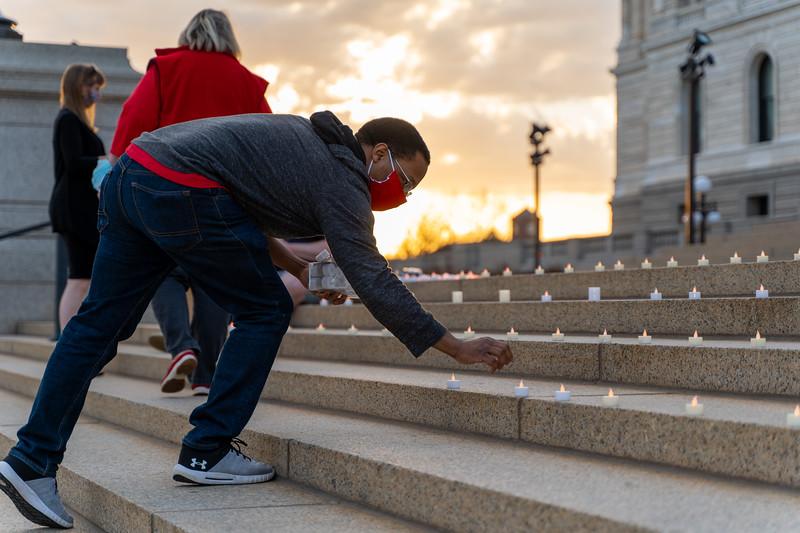 2020 05 01 MNA candle vigil at MN Capitol-11.jpg