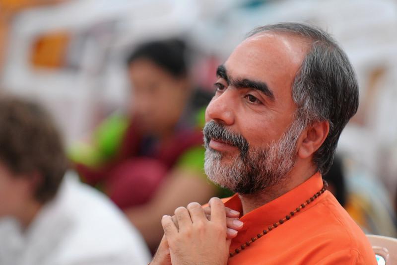 Swami Swarupanandaji at Chinmaya Mission's International Camp, Dec 26th to Jan 1st, 2009 held at Chinmaya Vibhooti, Kolwan, Maharashtra, India.