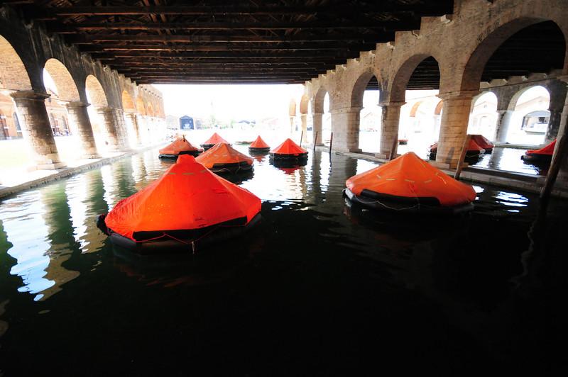 Tamara Grcic Gaggiandre. 2009 Installation: 17 life rafts, microphones, loudspeakers