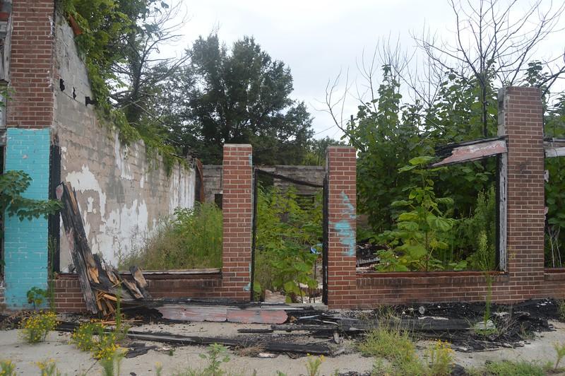 054 Ruins.jpg
