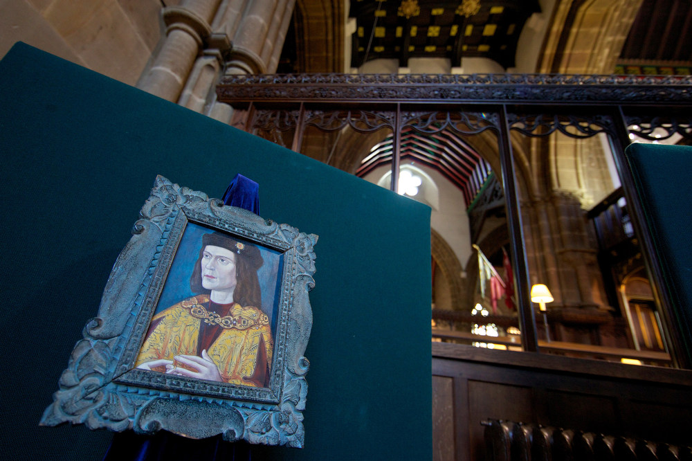 Description of . A painting of King Richard III is pictured in Leicester Cathedral in central England on February 4, 2013. The skeleton of King Richard III will be re-interred at Leicester Cathedral, in keeping with archaeological practice to bury remains on the nearest consecrated ground. A skeleton found under a car park in the English city of Leicester was on Monday confirmed as that of king Richard III, widely depicted as one of history\'s most notorious villains. AFP PHOTO/ANDREW  COWIE/AFP/Getty Images