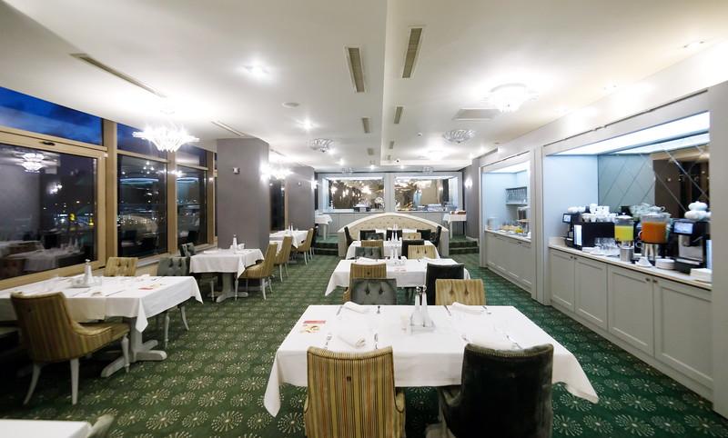 Restaurant_Maya-0002.jpg