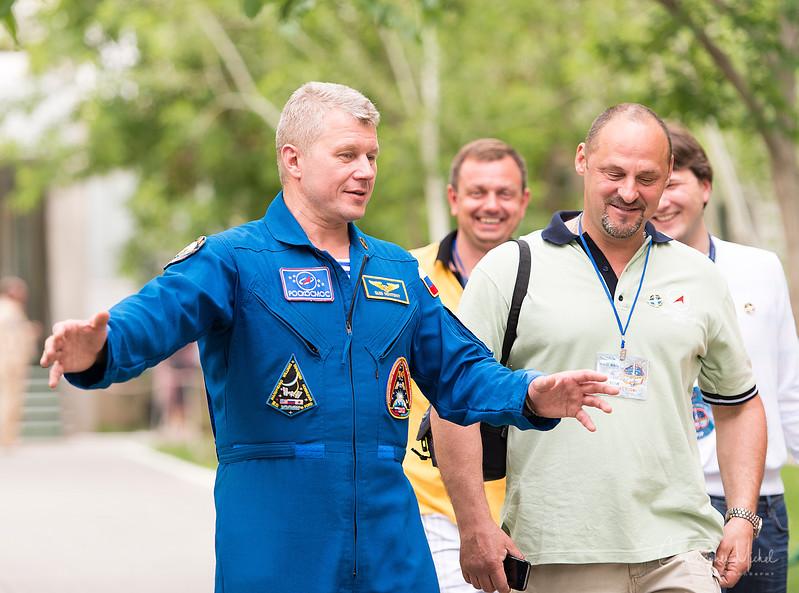 20140528_astronaut_walk_7497.jpg