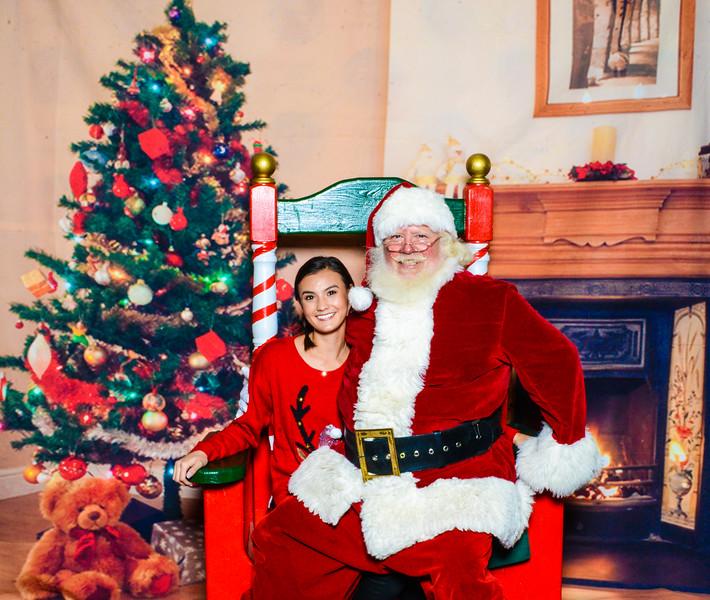 Santa Elmore 2016-12151.jpg