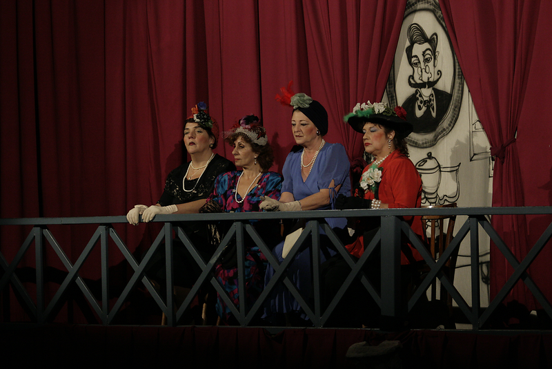 El Fulgor Argentino, Club Social y Deportivo (Performance: Grupo de Teatro Catalinas Sur)