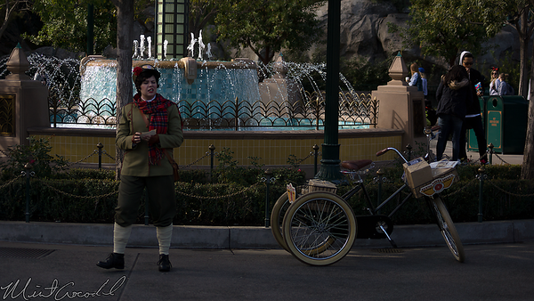 Disneyland Resort, Disney California Adventure, Buena Vista Street, Citizens