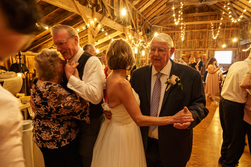 20190601-190938_[Deb and Steve - the reception]_0504.jpg