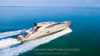 M/Y FIVE WAVES
