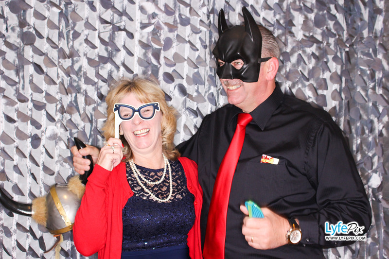 red-hawk-2017-holiday-party-beltsville-maryland-sheraton-photo-booth-0151.jpg