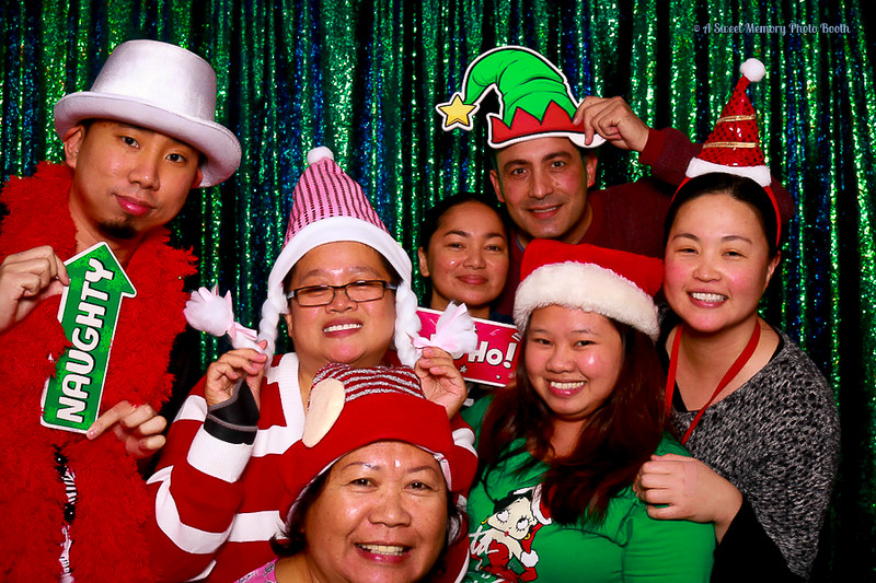 Medtronic Holiday Party -350.jpg