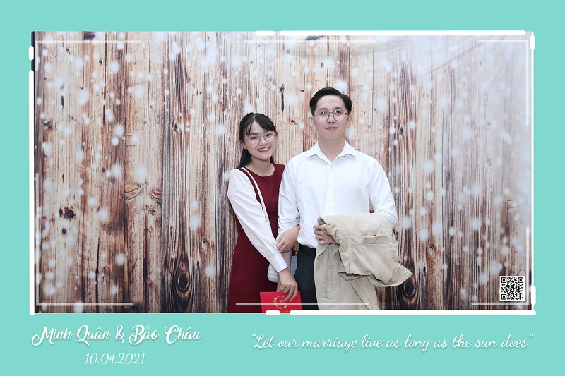 QC-wedding-instant-print-photobooth-Chup-hinh-lay-lien-in-anh-lay-ngay-Tiec-cuoi-WefieBox-Photobooth-Vietnam-cho-thue-photo-booth-106.jpg