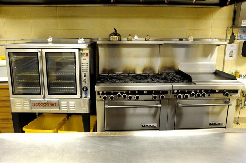 Oven, stove and food warmer.