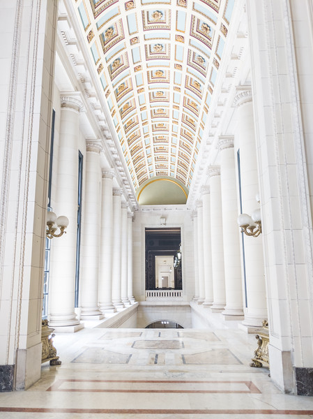 el capitolio hallway.jpg