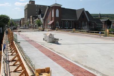 Status, E. Broad Street, US209 Bridge, Tamaqua (7-25-2014)