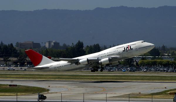 747 at San Jose Airport  San Jose, CA
