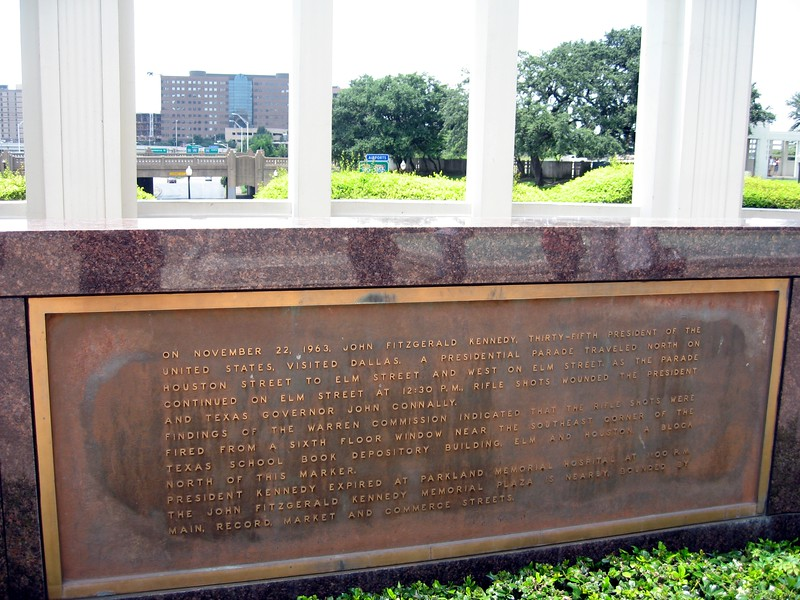 Plaque acknowledging the assassination of President John F. Kennedy