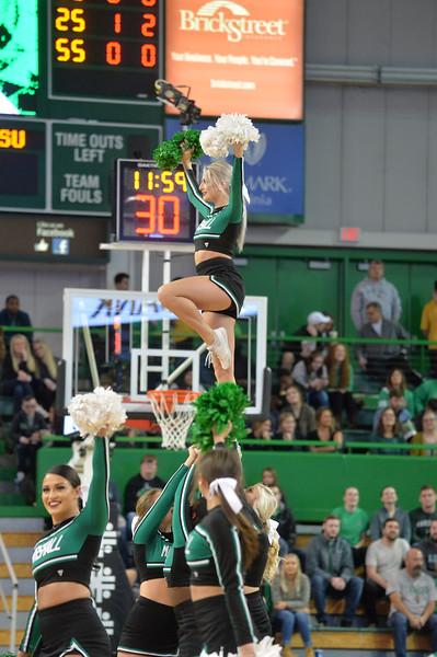 cheerleaders4243.jpg