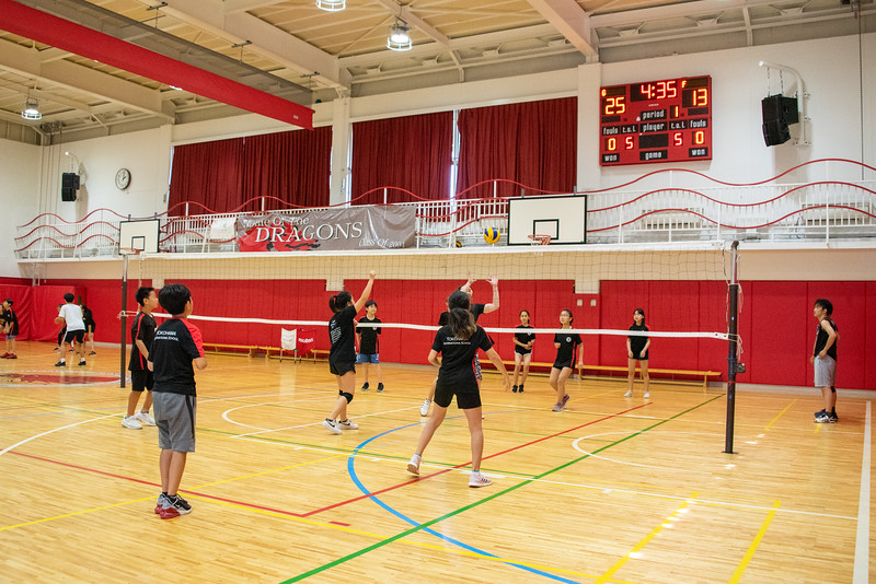 PE Leadership-Gr12 and Gr6 Volleyball Workshops-YIS_2609-2018-19.jpg